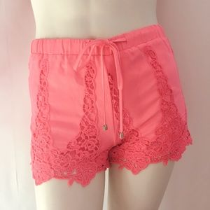 Tea & Cup Lacy HOT PINK Shorts SIZE Small